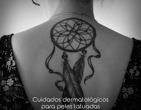 Cuidados dermatológicos para peles tatuadas